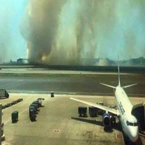 ΦΩΤΙΑ ΣΤΟ ΦΙΟΥΜΙΤΣΙΝΟ: Ανεστάλησαν οι απογειώσεις από το αεροδρόμιο τηςΡώμης