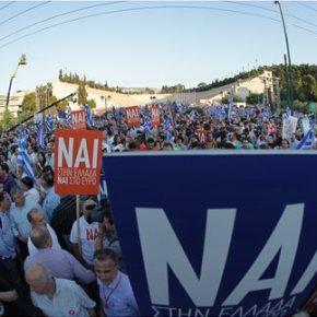 Δύο μεγάλες και παράλληλες συγκεντρώσεις στο κέντρο της Αθήνας για το «ναι» και το«όχι»