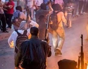 Διευρύνεται το εσωτερικό μέτωπο κατά Ερντογάν: Στους δρόμους με καραμπίνες οι Αλεβίτες – Άνοιξαν πυρ κατά αστυνομικών (εικόνες,vid)