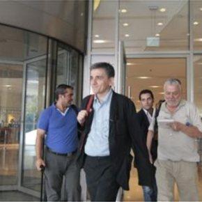 Ξεκίνησε η συνάντηση Τσακαλώτου-Σταθάκη με τους θεσμούς Νωρίτερα,συνεδρίασε στο Μέγαρο Μαξίμου το Κυβερνητικό Συμβούλιο ΟικονομικήςΠολιτικής