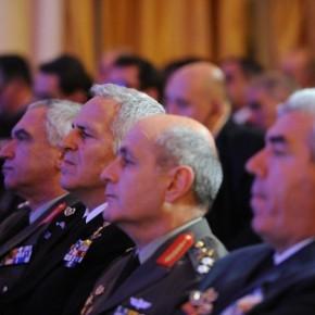 Η ηχηρή απουσία όλων των Αρχηγών από το μνημόσυνο για τους πεσόντες στηνΚύπρο!