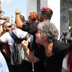 Έδιωξαν τους πολιτικάντηδες από το μνημόσυνο των ηρώων Ισαάκ – Σολωμού στην Κύπρο – Βίντεο,Φωτογραφίες