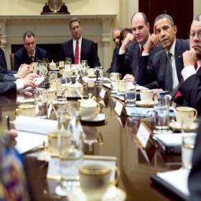 Οι ΗΠΑ κινούνται για να κρατηθεί όρθια η Ελλάδα: Σύσκεψη στο Λ.Οίκο με την ομογένεια για παροχή στρατιωτικής – επενδυτικήςβοήθειας