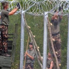 ΔΙΕΘΝΗΣ ΑΣΦΑΛΕΙΑ Έτσι κάνουν οι χώρες που έχουν συναίσθηση εθνικής κυριαρχίας: Ο ουγγρικός Στρατός κατασκευάζει τείχος για τουςλάθρο
