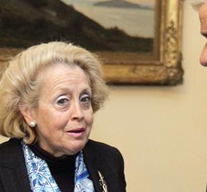 Ποια είναι η πρώτη γυναίκαπρωθυπουργός