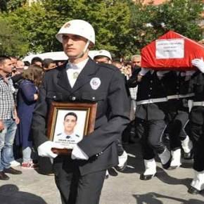 Σοκ στην Τουρκία: Το PKK ελέγχει την πόλη Βάρτο – «Ερντογάν στείλε το δικό σου γιό στρατιώτη» φωνάζουν οι μητέρες των νεκρών Τούρκων (εικόνες,vid)