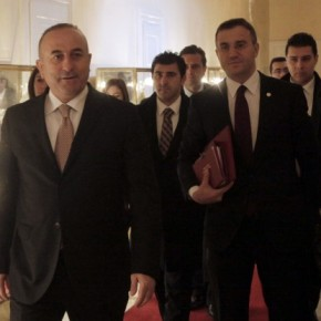 Ο Τούρκος ΥΠΕΞ δηλώνει αισιόδοξος για τη λύση τουκυπριακού!