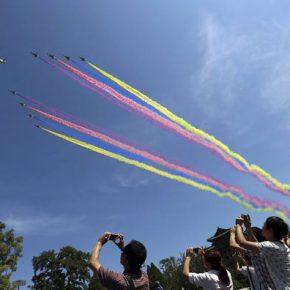 Μεγαλειώδης στρατιωτική παρέλαση στοΠεκίνο!