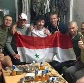 Φωτo-ντοκουμέντο: Ρώσοι πεζοναύτες πολεμούν με τον συριακό Στρατό – Ρωσικός στόλος σπεύδει στην Συρία (upd,φωτο)