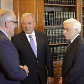Παυλόπουλος: Η Ελλάδα δεν μπορεί να αντιμετωπίσει μόνη της το μεταναστευτικό Συνάντηση του Προέδρου της Δημοκρατίας με Τίμερμανς και Αβραμόπουλο στο ΠροεδρικόΜέγαρο