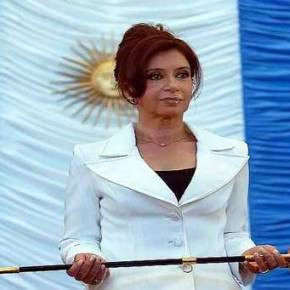 Η (νέα) δικαίωση της Αργεντινής που χτύπησε… κανόνι στους δανειστές και η Ελλάδα τωνμνημονίων
