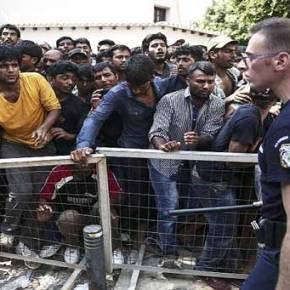 Εκκενώθηκε από πρόσφυγες το λιμάνι της Μυτιλήνης μετά τα επεισόδια- Συμπλοκές με «αγανακτισμένους» πολίτες ΒΙΝΤΕΟ έξω από το Α.Τ. τηςΚω