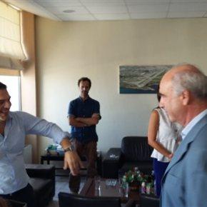 Τετ α τετ Μεϊμαράκη-Τσίπρα στο αεροδρόμιο του Ηρακλείου Ο αρχηγός του ΣΥΡΙΖΑ αναχωρούσε, ενώ ο πρόεδρος της ΝΔ μόλις είχεφτάσει