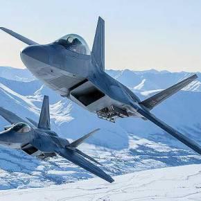 F-22 Raptor Μαχητικά 5ης γενιάς έτοιμα για δράση από τηνΑλάσκα