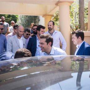 Σφοδρή επίθεση Τσίπρα στους βουλευτές που αποχώρησαν από τον ΣΥΡΙΖΑ Ο πρώην πρωθυπουργός έστρεψε τα βέλη του και προς τον ΕυάγγελοΜεϊμάρακη