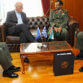 Συνάντηση ΑΝΥΕΘΑ Δημήτρη Βίτσα με Αρχηγό Χερσαίων Δυνάμεων Ηνωμένων Αραβικών Εμιράτων-Φωτογραφίες