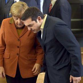 Μέρκελ προς Τσίπρα μετά τη μίνι-σύνοδο: «Είσαι ευτυχής Αλέξη;» Ο γερμανικός Τύπος ισχυρίζεται ότι ο Έλληνας πρωθυπουργός αποδέχτηκε τη συμφωνία λόγω της…μαεστρίας τηςΜέρκελ
