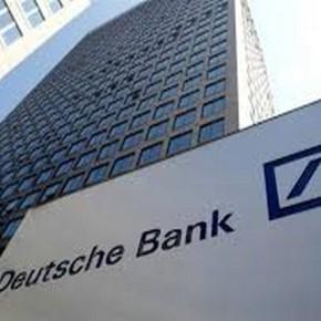 Οι ΗΠΑ γκρεμίζουν τη DeutscheBank