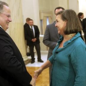 Νούλαντ: «Η Ελλάδα βρίσκεται σε καλόδρόμο»
