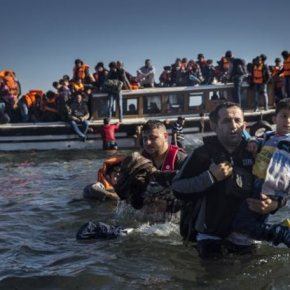Κραυγή αγωνίας από τους εθελοντές της Λέσβου: «Είμαστε αβοήθητοι»Συγκλονιστικές μαρτυρίες και εικόνες απόλυτηςσκληρότητας