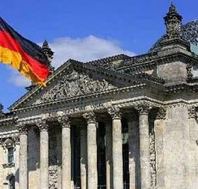 «Νομικά στέρεη και ρεαλιστική η διεκδίκηση των γερμανικώναποζημιώσεων…»