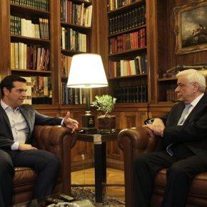 Σύγκληση συμβουλίου πολιτικών αρχηγών το Σάββατο για Ασφαλιστικό-διεθνή κατάσταση Το ζήτησε ο Πρωθυπουργός σε τηλεφωνική επικοινωνία με τον Πρόεδρο της Δημοκρατίας ο οποίος και απεδέχθη την πρόταση – Σύσκεψη Πλακιωτάκη με του 4 υποψήφιους προέδρους της ΝΔ για διαμόρφωση κοινήςθέσης
