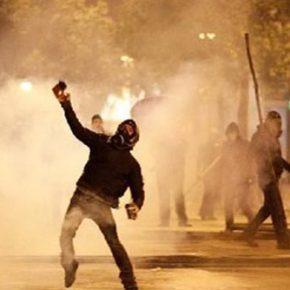 Διέλυσαν την Ομάδα «ΔΕΛΤΑ» & διέλυσαν τα Εξάρχεια οι «Μπαχαλάκηδες»(video)