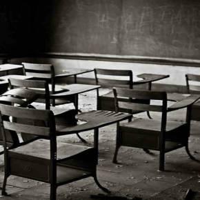 Αποδομούν την ελληνική Παιδεία: Καταργείται η διδασκαλία του «Επιτάφιου του Περικλέους» – Μειώνονται οι ώρες για Αρχαία Ελληνικά και Νεοελληνική Λογοτεχνία–