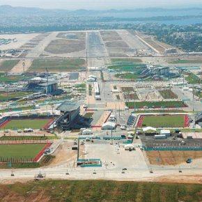 Προσφυγικός καταυλισμός στο «διαμάντι» του Ελληνικού -Τις έντονες διαφωνίες για το σχέδιο δημιουργίας κέντρου φιλοξενίας προσφύγων στο πρώην αεροδρόμιο του Ελληνικού κατέθεσαν δήμαρχοι της περιοχής στον αρμόδιουπουργό.