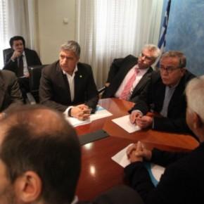 Αναζητώντας κοινή αποδεκτή λύση για το κέντρο φιλοξενίας στοΕλληνικό