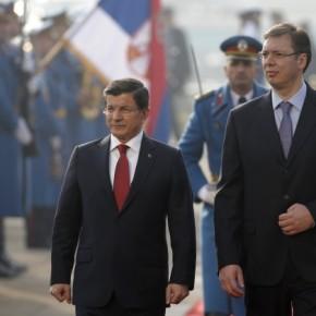 Εξευτελισμός Νταβούτογλου από τον Σέρβο πρωθυπουργό για τη μεσολάβηση στηΡωσία!