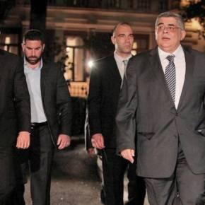 """Νέα """"αριστερή"""" δημοσκόπηση-φωτιά: Έρχεται συγκυβέρνηση Σύριζα-ΝΔ με Αξιωματική Αντιπολίτευση την ΧρυσήΑυγή!"""