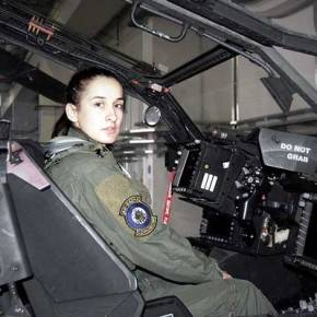 Γυναίκες στα όπλα: Το 10% των πιλότων της Αεροπορίας Στρατού είναιγυναίκες!