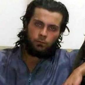 Τίποτε δεν είναι ιερό στο Ισλαμικό Κράτος: Εκτέλεσε την ίδια του τημάνα!