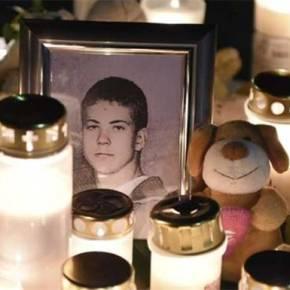 Συνέβη στην πολυπολιτισμική Σουηδία: Λαθρομετανάστες δολοφόνησαν 15χρονο, επειδή υπερασπίστηκε την κοπέλατου