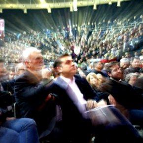 Η γιορτή του ΣΥΡΙΖΑ μακρινός απόηχος της περυσινής μεγαλειώδους εκλογικής νίκης Έναν χρόνο μετά ο ΣΥΡΙΖΑ δεν είναι ένα στιβαρό κυβερνητικόκόμμα