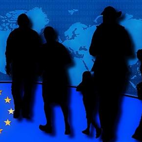 Spiegel: Βυθίζεται η Ευρώπη – απέραντο hotspot ηΕλλάδα
