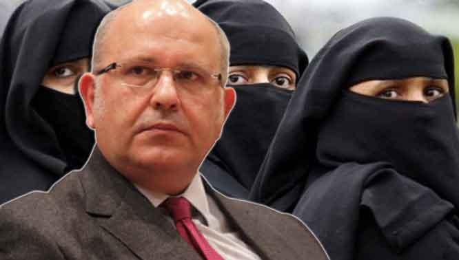 MuslimWoman-ELLADA-ORA-0-0-0-0-0-0-0-0-0-0-0-0-0-0