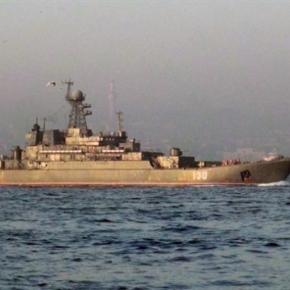 Η στιγμή που ρωσικά πλοία περνούν τα Δαρδανέλια –ΒΙΝΤΕΟ