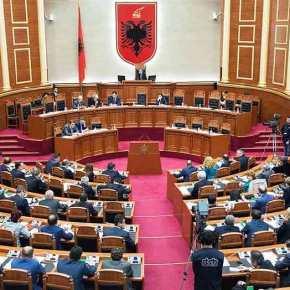 Αλβανία: Αφαιρέθηκε το δικαίωμα ψήφου στην Ελληνικήμειονότητα.