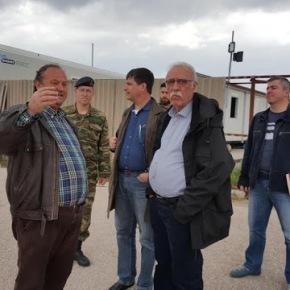 Επίσκεψη ΑΝΥΕΘΑ Δημήτρη Βίτσα στο κέντρο φιλοξενίας στονΕλαιώνα