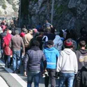 ΒΟΜΒΑ ΑΠΟ ΕΡΥΘΡΟ ΣΤΑΥΡΟ – ΔΙΑΨΕΥΔΕΙ ΤΟΝ ΤΣΙΠΡΑ: Διαβάστε πόσους υπολογίζει τώρα τουςπρόσφυγες