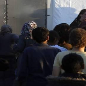 ΑΝΕΤΟΙΜΗ Η ΚΥΒΕΡΝΗΣΗ ΓΙΑ ΝΑ ΑΝΤΙΜΕΤΩΠΙΣΕΙ EXTREME ΚΑΤΑΣΤΑΣΕΙΣ – Βγαίνουν τα μαχαίρια σε όλες τις προσφυγουπόλεις της Ελλάδας και η ΕΛ.ΑΣ φοβάται μην γίνει «της Κολωνίας»!–