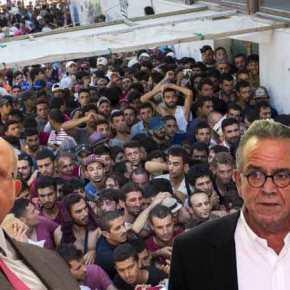 Στην ανθελληνική γραμμή Ξυδάκη και ο Μουζάλας: Οι μετανάστες κάνουν καλό στοδημογραφικό!