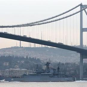 Ρωσικό πολεμικό πλοίο διασχίζει το Βόσπορο εν μέσω πρωτοφανών μέτρων ασφαλείας. Προάγγελος«εξελίξεων»;