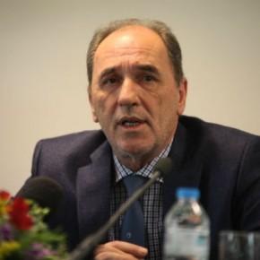 Σταθάκης: 'Εχουμε ακόμα μεγάλη απόσταση με τους εκπροσώπους των θεσμών Την Πέμπτη νέα συνάντηση του υπουργού Οικονομίας με τους θεσμούς για τα κόκκιναδάνεια