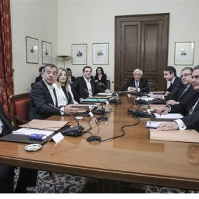 Το κοινό ανακοινωθέν που συμφωνήθηκε στο Συμβούλιο Πολιτικών Αρχηγών εν όψει της Συνόδου ΕΕ-Τουρκίας τη Δευτέρα Δεν το υπέγραψαν ΚΚΕ, Ενωση Κεντρώων – Δηλώσεις αρχηγών μετά τοΣυμβούλιο