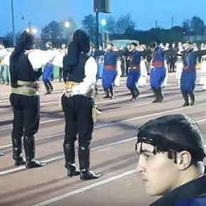 Συγκλονιστικό βίντεο: Κρήτες και Πόντιοι χορεύουναντικριστά