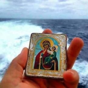 Μεσ του Αιγαίου τα νερά ΑΓΓΕΛΟΙ φτερουγίζουν και όχι ο Πάπας. Ο Άγιος Ραφαήλ θα τους υποδεχτεί όλους στηνΛέσβο