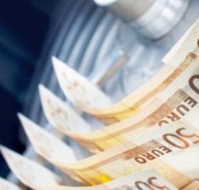 ΑΓΩΝΙΑ ΓΙΑ ΜΙΣΘΟΥΣ ΚΑΙ ΣΥΝΤΑΞΕΙΣ – Ξεμένουν από χρήματα τα κρατικά ταμεία – Μέχρι τα μέσα Μαΐου επαρκούν ταδιαθέσιμα